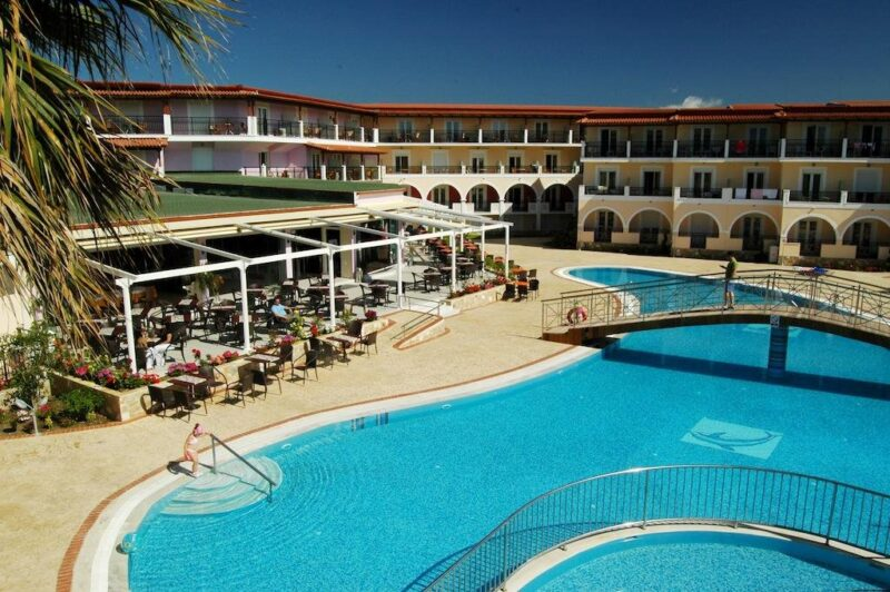 HOTEL MAJESTIC 4*